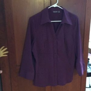 Large 3/4 sleeve plum stretch fitted shirt